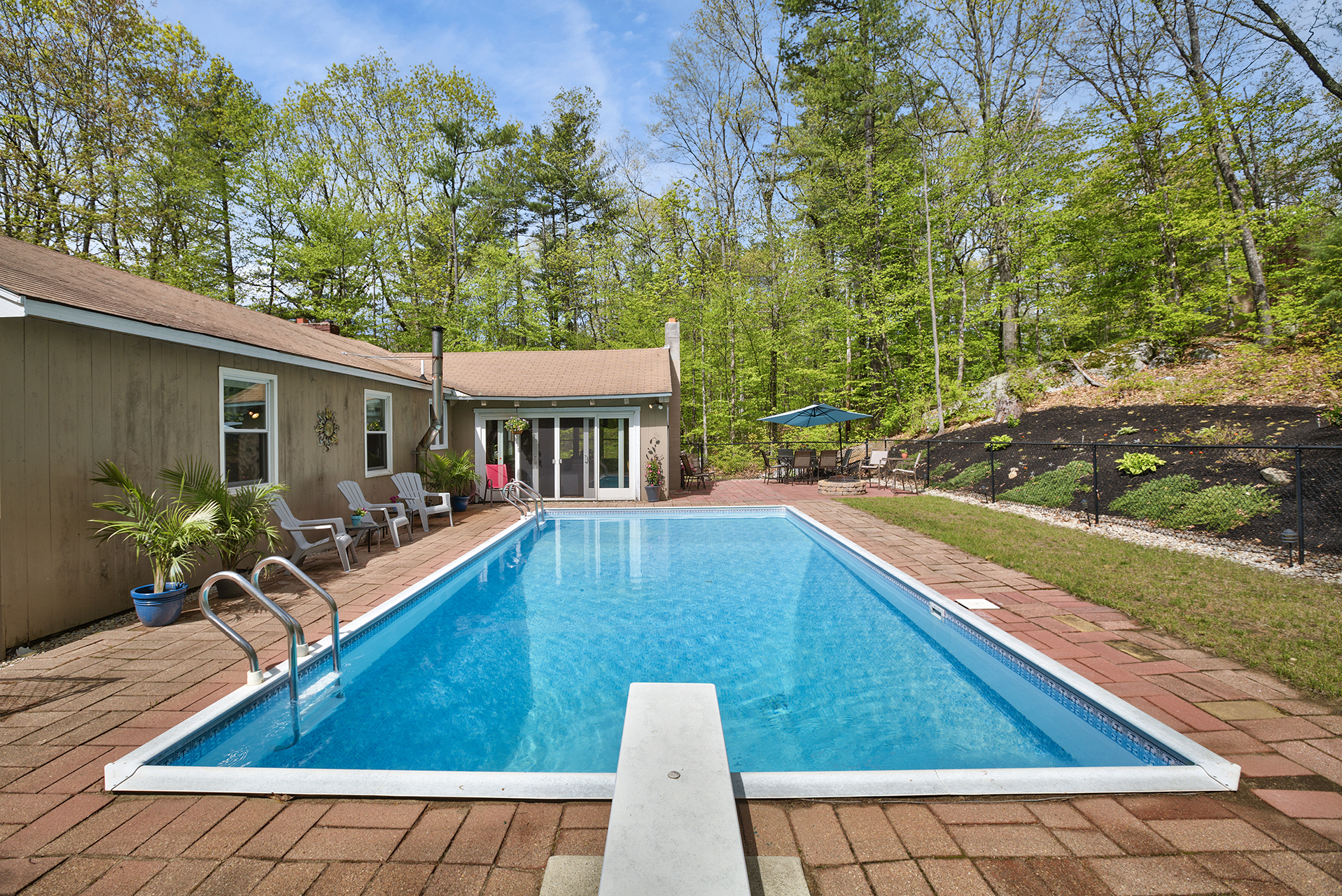 96 wash pond rd hampstead nh hubcam full service real estate marketing assets for Swimming pool center hampstead nh